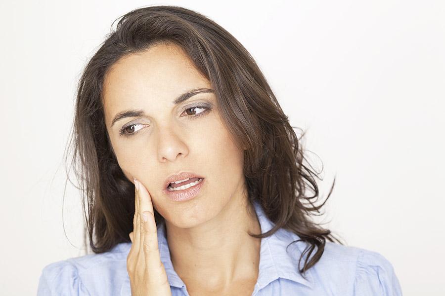 curare il mal di denti allo Studio Dentistico Setaro ad Alessandria